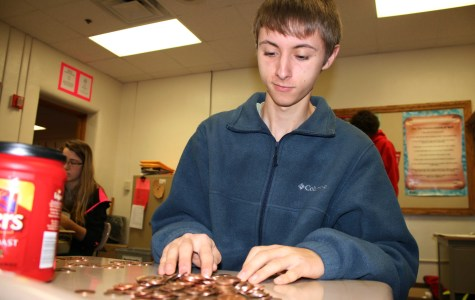 Seniors dominate penny wars, DCHS makes a difference for Make-A-Wish