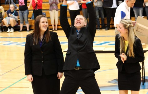 Speech team sweeps Districts, prepares for run at repeat championship