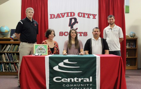 Megan F. signs with CCC, looks to further basketball career