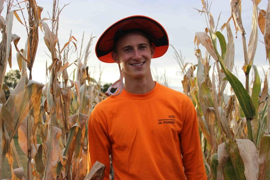 Senior Wesley Unger prefers to detassel, rogue, and volunteer during the summer instead of working in the school year. Detasseling, roguing, and volunteering are jobs concerning the upkeep of cornfields.